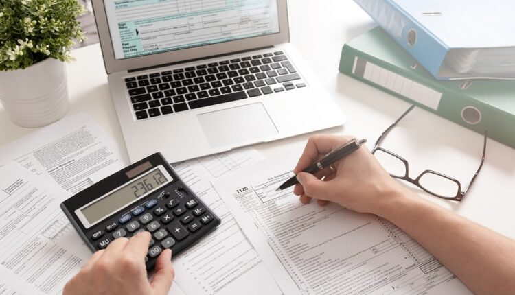 Why Should You Hire Professional Accountants